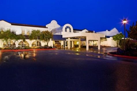 Chaminade Resort & Spa