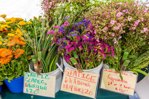 Farm Market Thomas