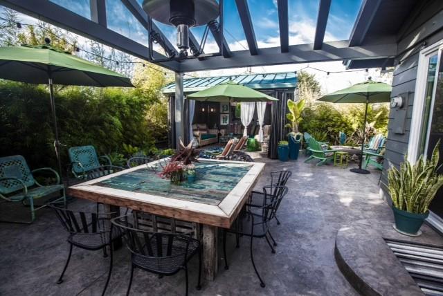 Garden Cabana House
